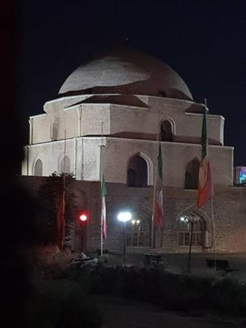 تامین روشنایی و نورپردازی مسجد جامع ارومیه