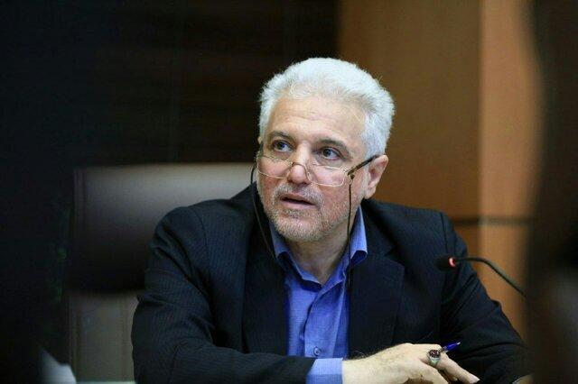 رییس سازمان غذا و دارو: خارجی ها برای فروش مواد اولیه دارویی، از ایران تعهد می گیرند