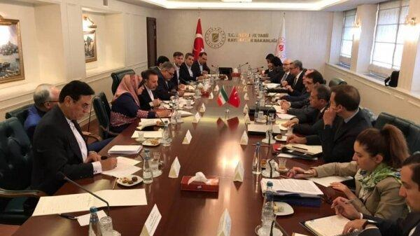 بیست و هفتمین نشست کمیسیون مشترک همکاری های مالی ایران و ترکیه در آنکارا افتتاح شد