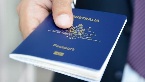اخذ ویزای توریستی استرالیا ساده تر است یا ویزای سرمایه گذاری در استرالیا؟