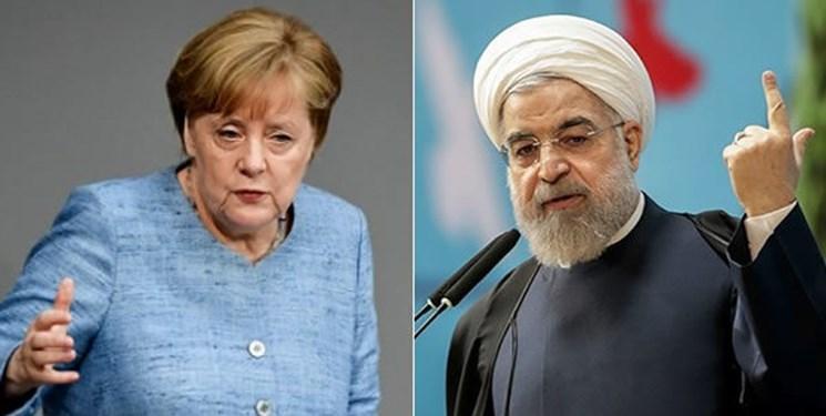 مرکل: برطرف تحریم های ایران قبل از مذاکره با آمریکا واقع بینانه نیست