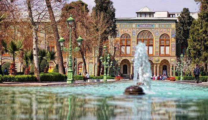 بازدید ناشنوایان با قطار گردشگری از بافت تاریخی تهران