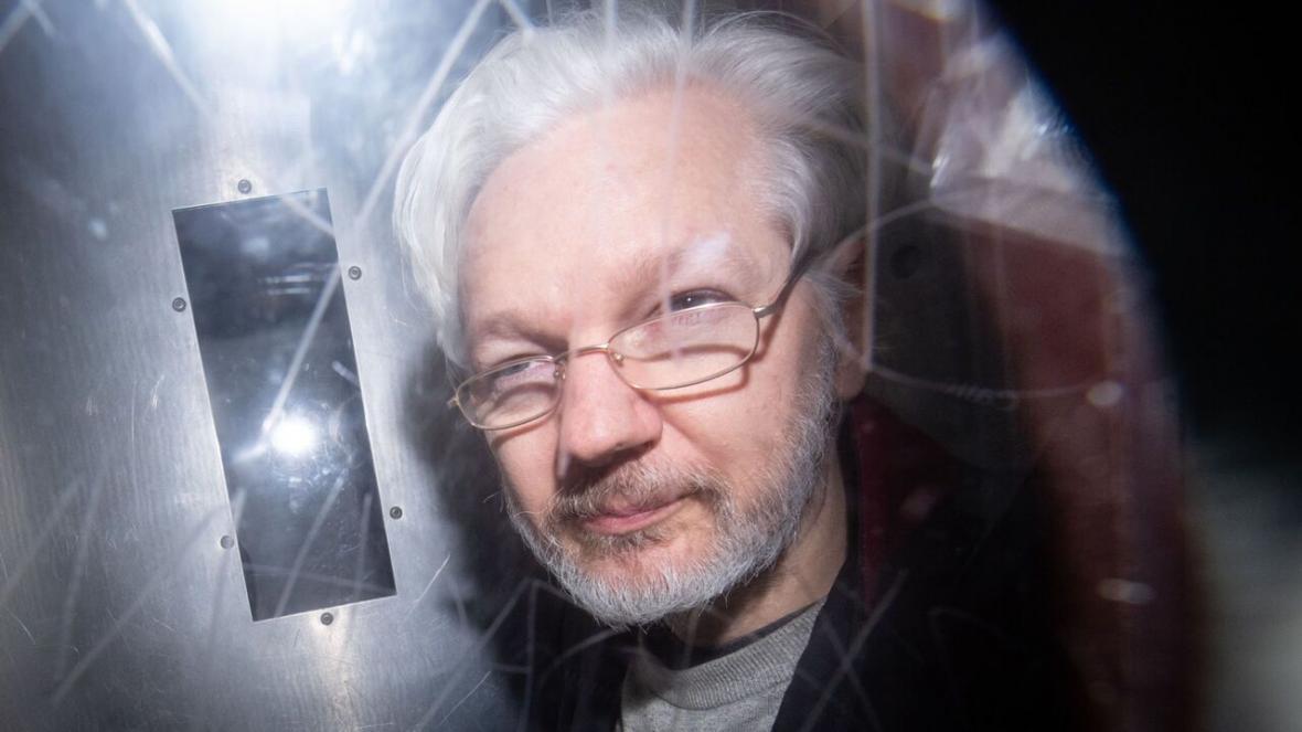 خبرنگاران استرداد آسانژ به آمریکا زیر تیغ رای دادگاه انگلیس