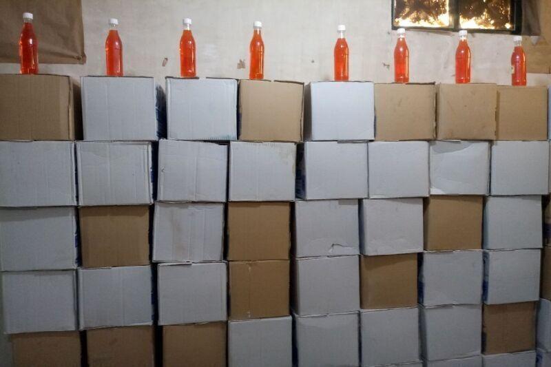 خبرنگاران بیش از چهار هزار لیتر الکل قاچاق در اسکو کشف شد