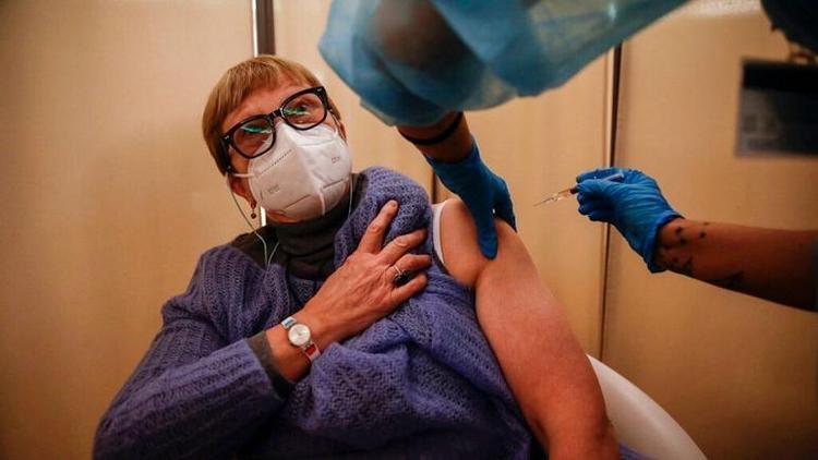 واکنش سازمان بهداشت جهانی به فراوری واکسن کرونا