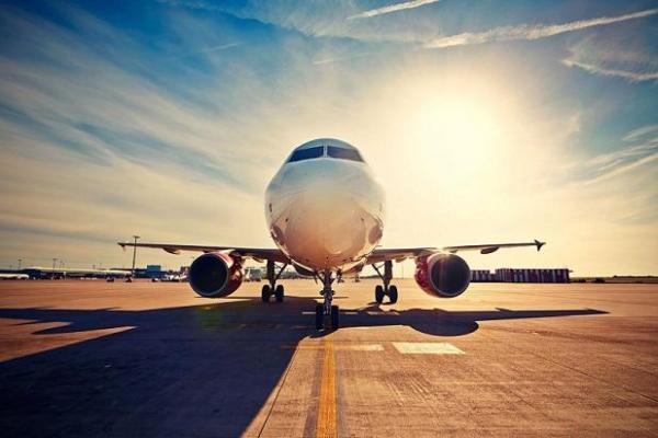 پرواز های اروپایی همچنان برقرار است!اگر مسافر بیماری وارد کشور گردد، قرنطینه می گردد