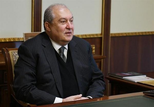 مخالفت رئیس جمهوری ارمنستان با برکناری رئیس ستادکل ارتش، اصرار مخالفان بر برکناری پاشینیان