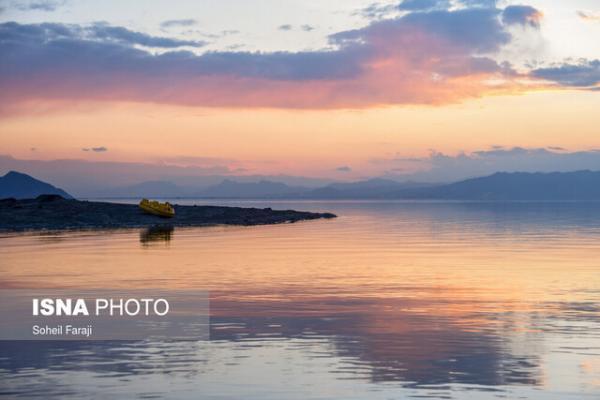 نگرانی ها از شرایط دریاچه ارومیه در پی عدم تخصیص حق آبه، تراز دریاچه کاهش یافته است