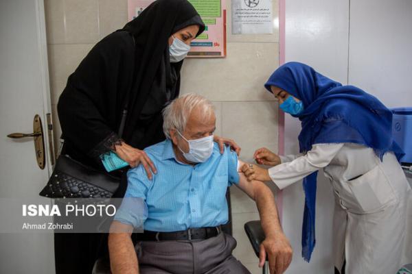 واکسیناسیون بیش از 500 نفر از افراد بالای 80 سال در نهاوند