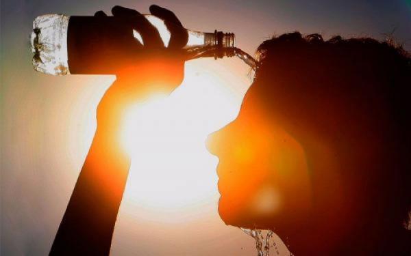 ماندگاری هوای گرم تا اواسط هفته آینده در بیشتر منطقه ها کشور